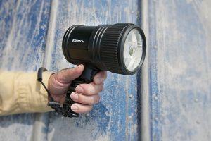 Spotlight_41-1985_shot4